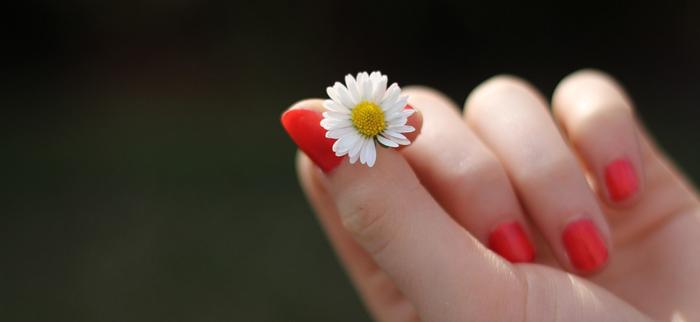 na paznokcie