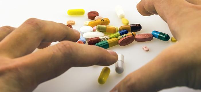 tabletki na łysienie - suplementy diety na włosy