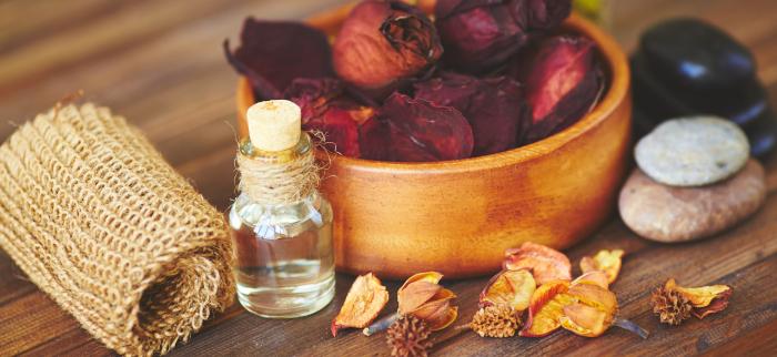 prawdziwy olejek różany